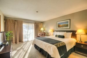 Executive Suite Master Bed Room